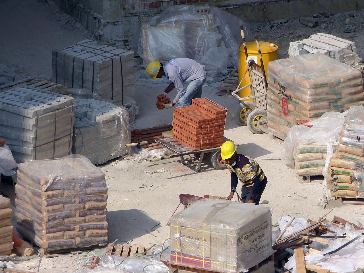 Comment suivre les travaux de construction de votre première maison ?